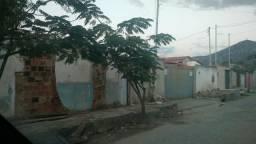 Terreno em ALMENARA MG no coração da cidade