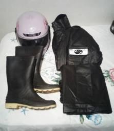 Capa de chuva completa alba e capacete