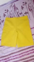 Short fit amarelo