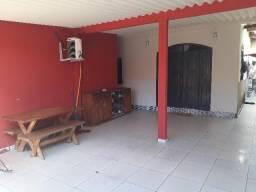 Vendo 01 Casa, 01 ponto comercial, 03 apartamentos no Cj Pedro Roseno (Vila militar)