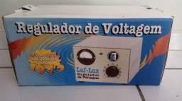 Regulafor de voltagem novo na caixa