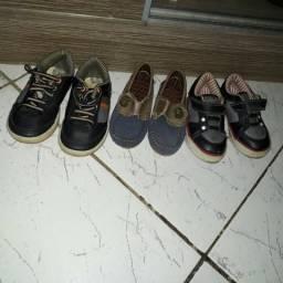 Sapato infantil N: 22e 23bem conservado todos por 70