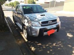 Toyota Hilux 3.0 SRV 4x4 CD Automática - 2010