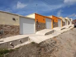 Lindas casas novas em Maranguape com 03 quartos, use seu Fgts, documentação inclusa
