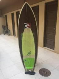Prancha de surf Rip Curl 5?10 34,6 litros com capa e quilhas