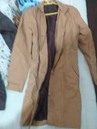 Dois casacos M e GG novos
