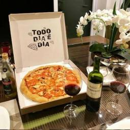 Contrata-se Pizzaiolo(a) com experiencia