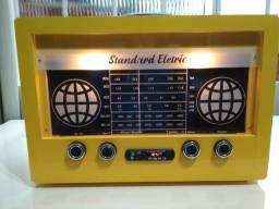 Radio Valvulado de Mesa Standard Eletric