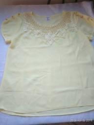 Blusa social de pérolas, cor amarela, tamanho G