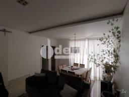 Casa à venda com 3 dormitórios em Jardim karaiba, Uberlandia cod:33422