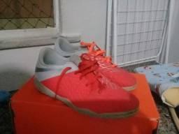 Chuteira futsal Nike infatil nr 35