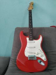 Guitarra fender stratocaster player series