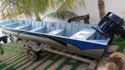 Barco Canoa 6 m motor 25