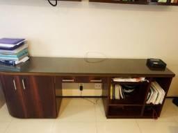 Mesa linda de escritorio com Porta Documentos de rodinhas super funcional