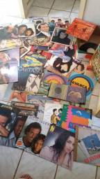 Título do anúncio: SAO 88 DISCOS LPS VINIL COMPACTOS POR APENAS ESSE VALOR