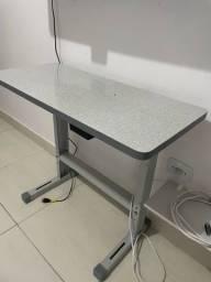 Título do anúncio: Mesa Bancada para maquina