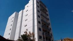 Título do anúncio: Lindo apartamento com 2 quartos suíte varanda e elevador em Bandeirantes