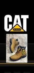 Título do anúncio: Bota CAT