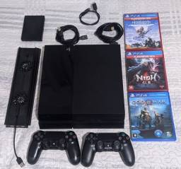 Título do anúncio: PlayStation 4 + 3 Jogos + 2 Controles