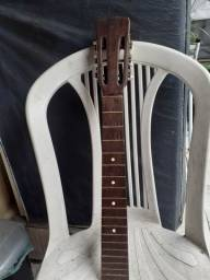 Título do anúncio: Vendo  braço  de violão gianini  muito antigo com tarraxas em trevo toda boa