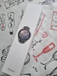 Título do anúncio: Smartwatch Samsung Galaxy Watch3 41mm SM-R855F Prata<br><br>