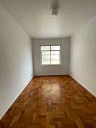 Título do anúncio: Apartamento para aluguel tem 50 metros quadrados com 1 quarto em Catete - Rio de Janeiro -