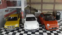 Título do anúncio: Kit com três miniaturas colecionáveis