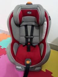 Título do anúncio: Cadeirinha Infantil para carro Chicco Nextfit 0 a 30 Kg vermelho