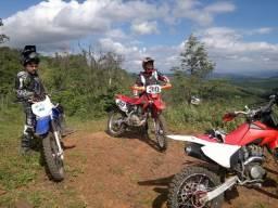 equipamento de trilha moto
