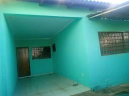Casa Espaçosa no Vera Cruz - Aparecida de Goiânia - GO