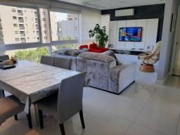 Alugo Apto Mobiliado de 3 dormitórios Bairro Petrópolis