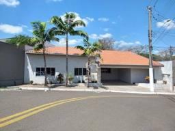 Título do anúncio: Casa com 3 dormitórios à venda, 230 m² por R$ 600.000 - Jardim Colibri - Marília/SP