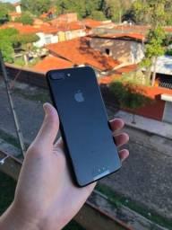 iPhone 8 plus 64gb virtrine