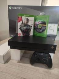 Xbox One X 1Tb + 1 jogo