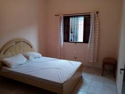 Título do anúncio: Vendo 02 camas de casal usadas e colchões !!!