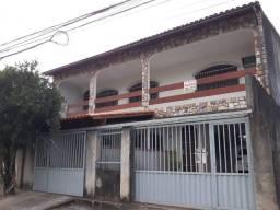 Alugo apartamento com garagem em Laranjeiras