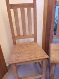 4 cadeiras madeira maciça