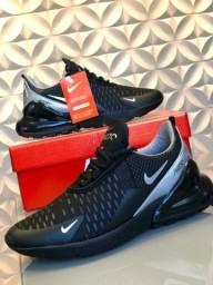 Vendo Tênis Nike Air 270 e Fila disruptor ( 120 com entrega)