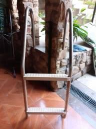Título do anúncio: Escada para piscina