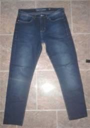 Calça jeans (usado 2 vezes)