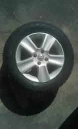 Conjunto de Rodas VW e Pneu Pirelli Aro 15