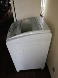 Máquina lava-roupa Advantech 8 kg