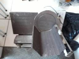 Maquina cortadora de frios Usado