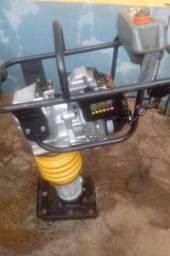 Sapo Compactador de Solo com motor novo