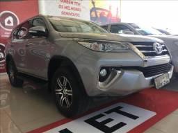 TOYOTA HILUX SW4 2.7 SR 7 LUGARES 4X2 16V FLEX 4P AUTOMÁTICO - 2017