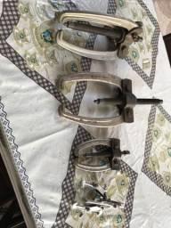 Jogo de saca polia (sacapolia) três deles da marca GEDORE é um pequeno sem marca