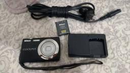 Câmera Nikon Coolpix s220