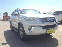 TOYOTA HILUX SW4 2.8 SRX 4X4 7 LUGARES 16V TURBO INTERCOOLER DIESEL 4P AUTOMÁTICO - 2017