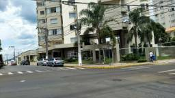 APTO- no Centro com 245,00m² área privativa e 2 vagas de garagem;