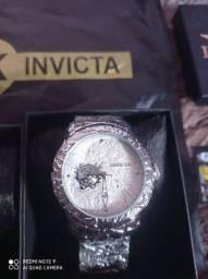 Vendo esses belíssimo relógios da marca invicta